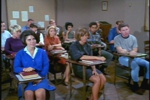 At least Cissy's classmates find her composition interesting.Well, maybe that one in the front left does.