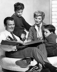470px-Cleaver_family_Leave_it_to_Beaver_1960