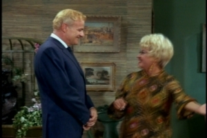 During their meeting, Brian Keith gives Bill a convincing fan-boy vibe. I would guess that Keith liked Blondell because you can usually tell when doesn't like guest stars.