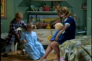 Cissy's bedtime story--involving Mrs. Beasley's adventures on the subway--is soon interrupted by a knock at the door.