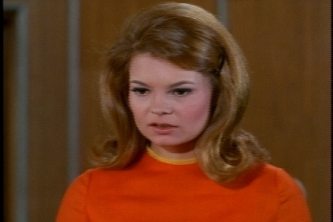 Kathy Garver does a good job with Cissy's first reaction to seeing Miss Evans.