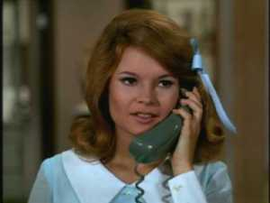 They get Charlie's phone number, but Cissy can't convince his secretary to put her through.